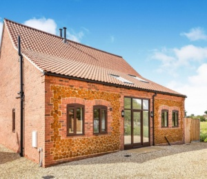 3 beautiful bespoke homes in Grimston, Norfolk